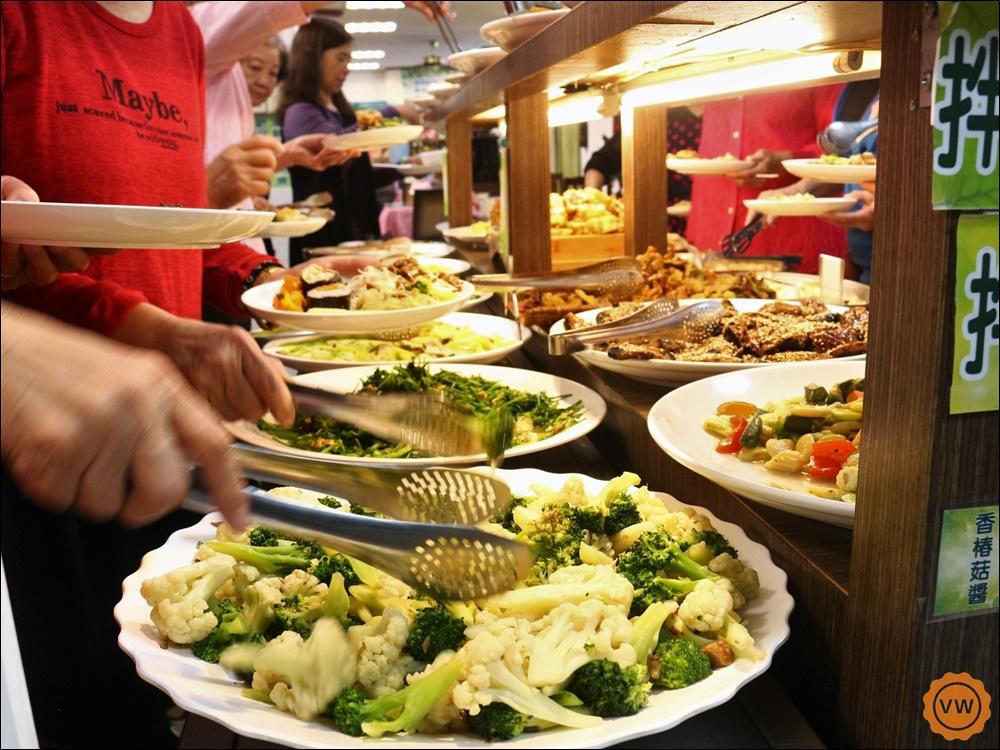 彰化美食│彰化素食餐廳│素食料理吃到飽:清心緣蔬食坊